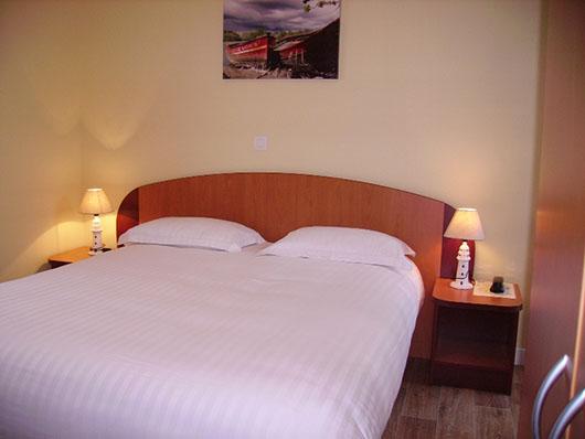 chambre hotel port jacquet
