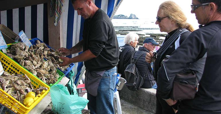 Marché aux huîtres de Cancale