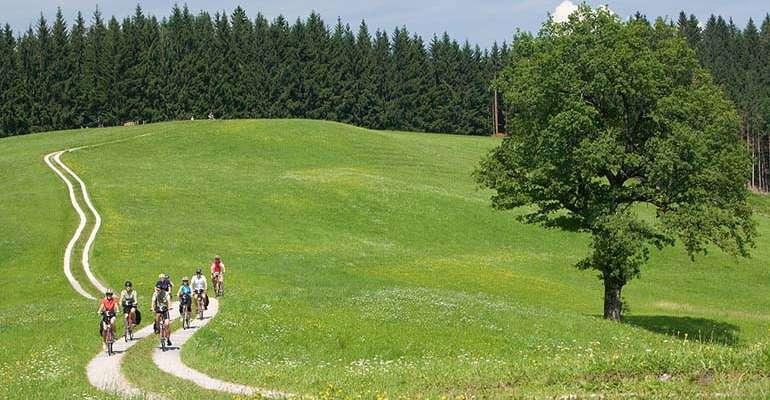 groupe en Autriche, les lacs du Salzkammergut