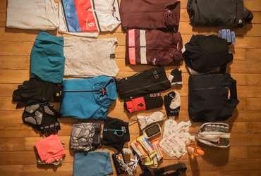 Equipement du cycysliste a-mettre-dans-ses-sacoches-sejour-a-velo Abicyclette Voyages