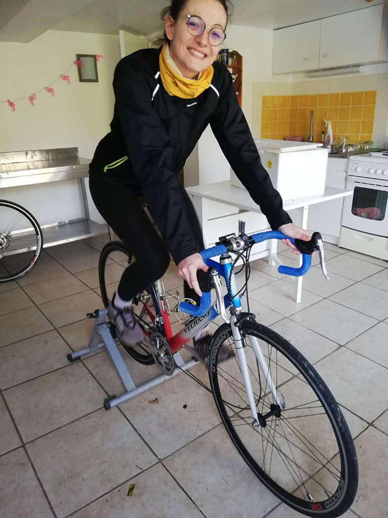 Constance entrainement sur Home Trainer
