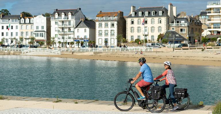 e-bike-cycling-holidays