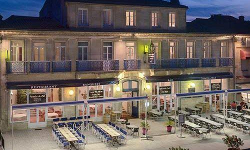 Façade côté rue de l'Hôtel de France et d'Angleterre à Pauillac
