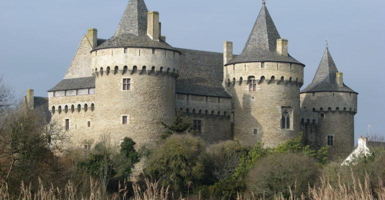 Chateau Golfe du Morbihan Abicyclette Voyages à vélo
