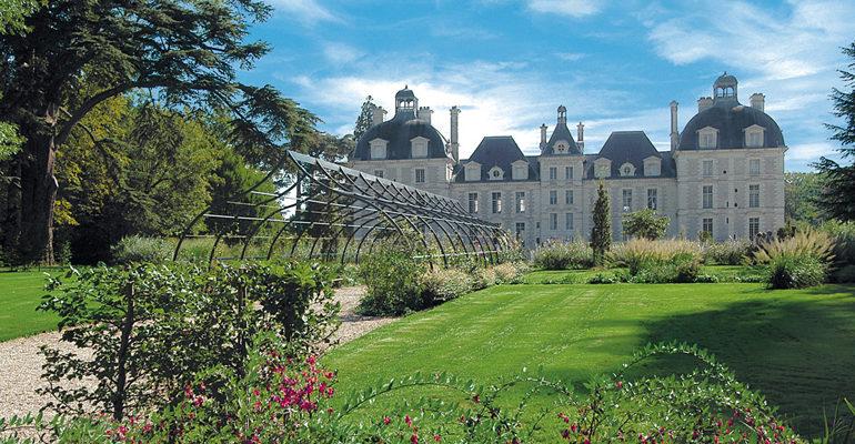 Jardins et chateaux de Cheverny Le pays des châteaux à vélo Abicyclette Voyages