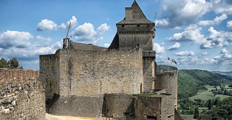 Château de Castelnaud Abicyclette Voyages à vélo