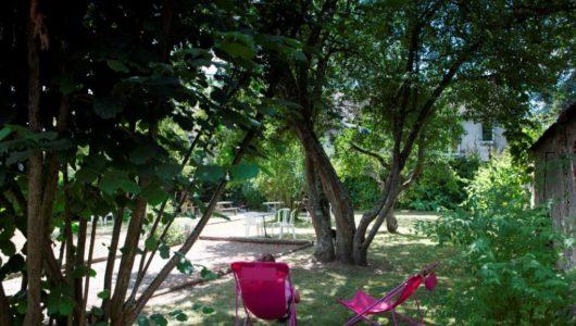 Jardin de l'Hôtel du Cerf 4 halte vacances à vélo