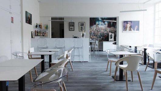 Salle de petit-déjeuner Hôtel François 1er à La Rochelle