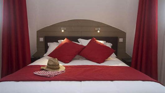 Loit dans chambre Hôtel Ostréa à La Trinité sur Mer