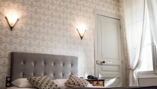 Chambre tons gris Hôtel Mirabeau à Tours