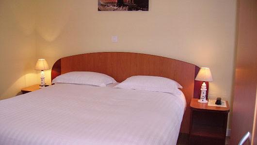 Chambre de l'hôtel port-jacquet