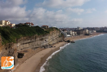 Falaises et plage de Biarritz, destination vacances à vélo