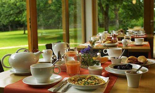 Petit déjeuner à l'hôtel les Esclargies
