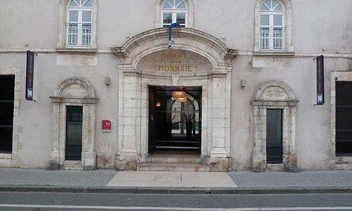 Façade côté rue Hotel la monnaie La Rochelle