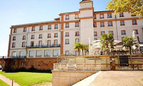 Façade de l'hôtel Moulin de Moissac MOISSAC