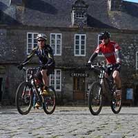 voyageur VTT en Bretagne